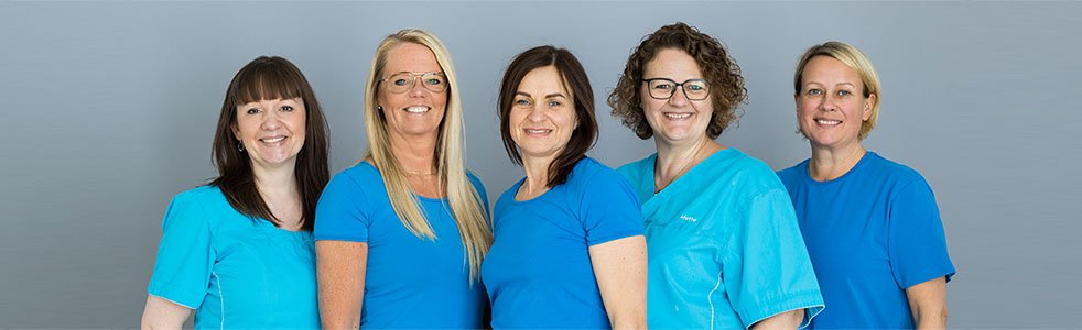 Klinikassistenterne Christina, Jane, Ada, Mette og Susanne